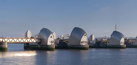Design das comportas do Rio Tâmisa - Intercâmbio em Londres